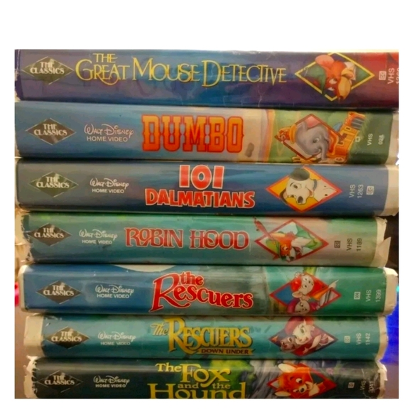 31 Disney vhs tapes